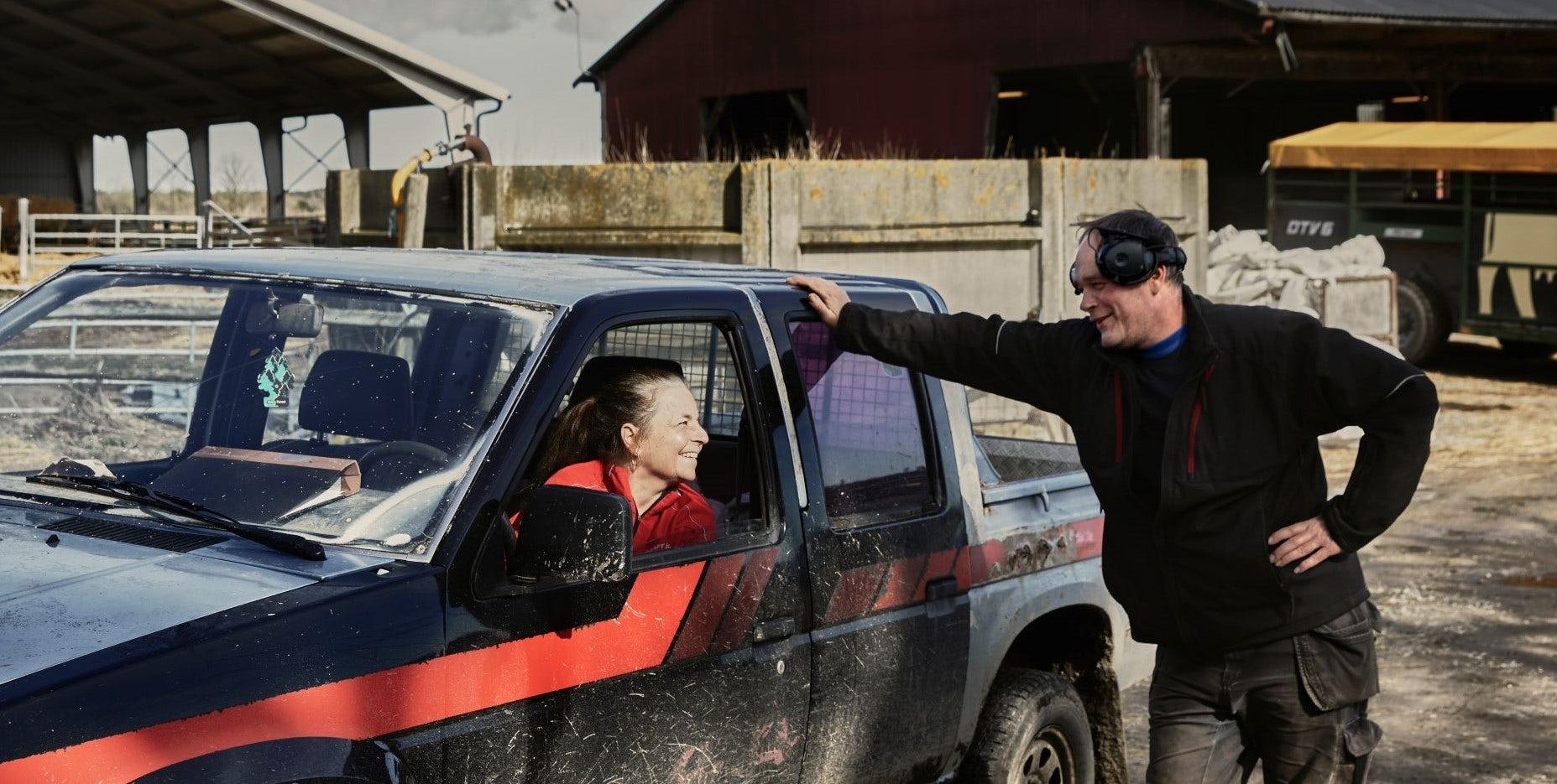 Sussi och Roger på Härdarve Gård
