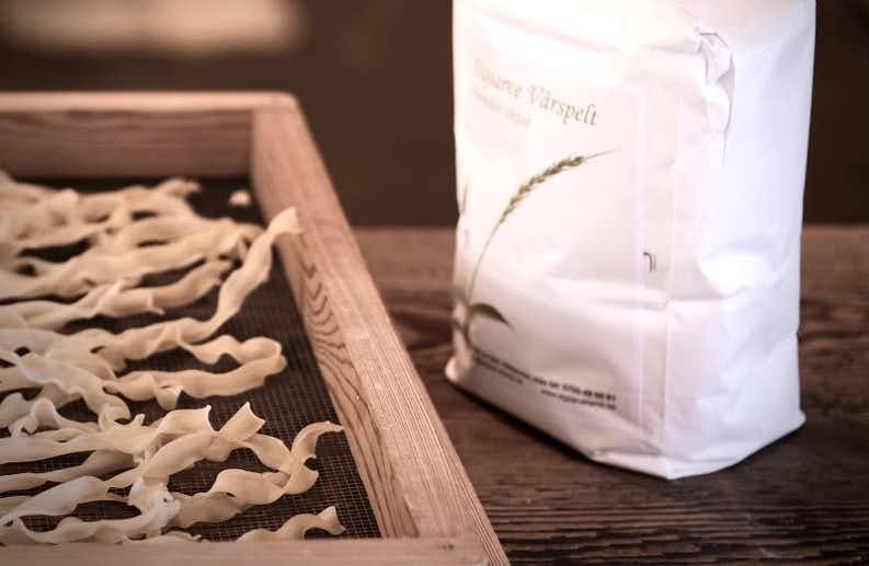 Färsk pasta av spelt